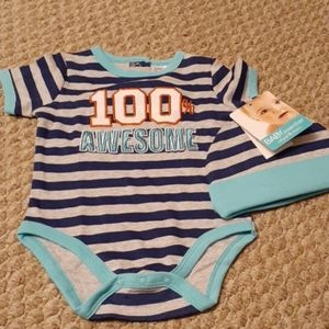 Baby essentials Onsie with hat size 9 months